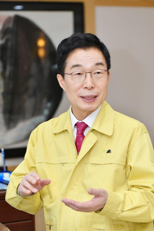 2.경북교육청, 따뜻한 사랑 나눔 꾸러미 제공01(임종식경북교육감).jpg